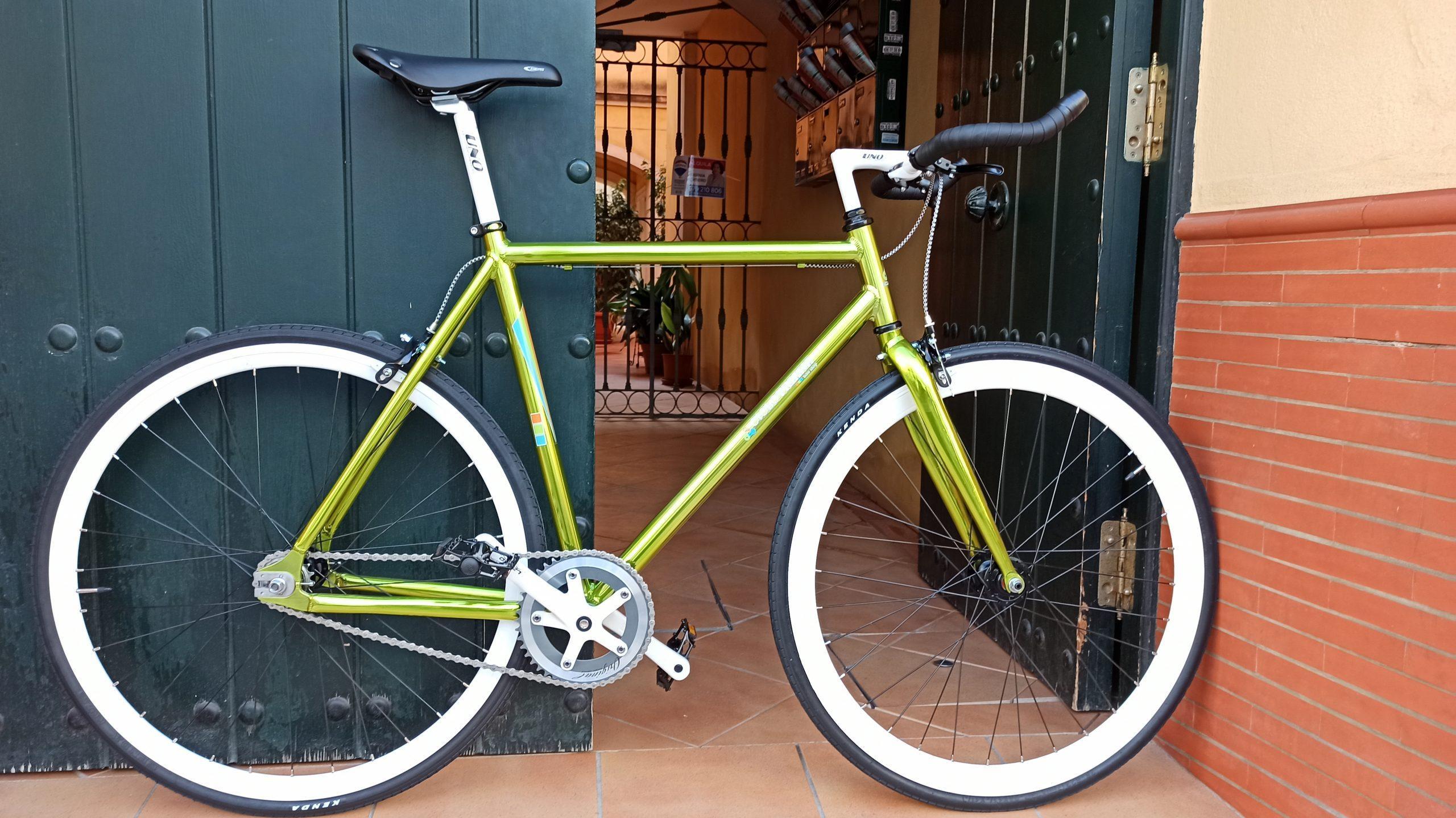 Single-speed verde y blanca aluminio