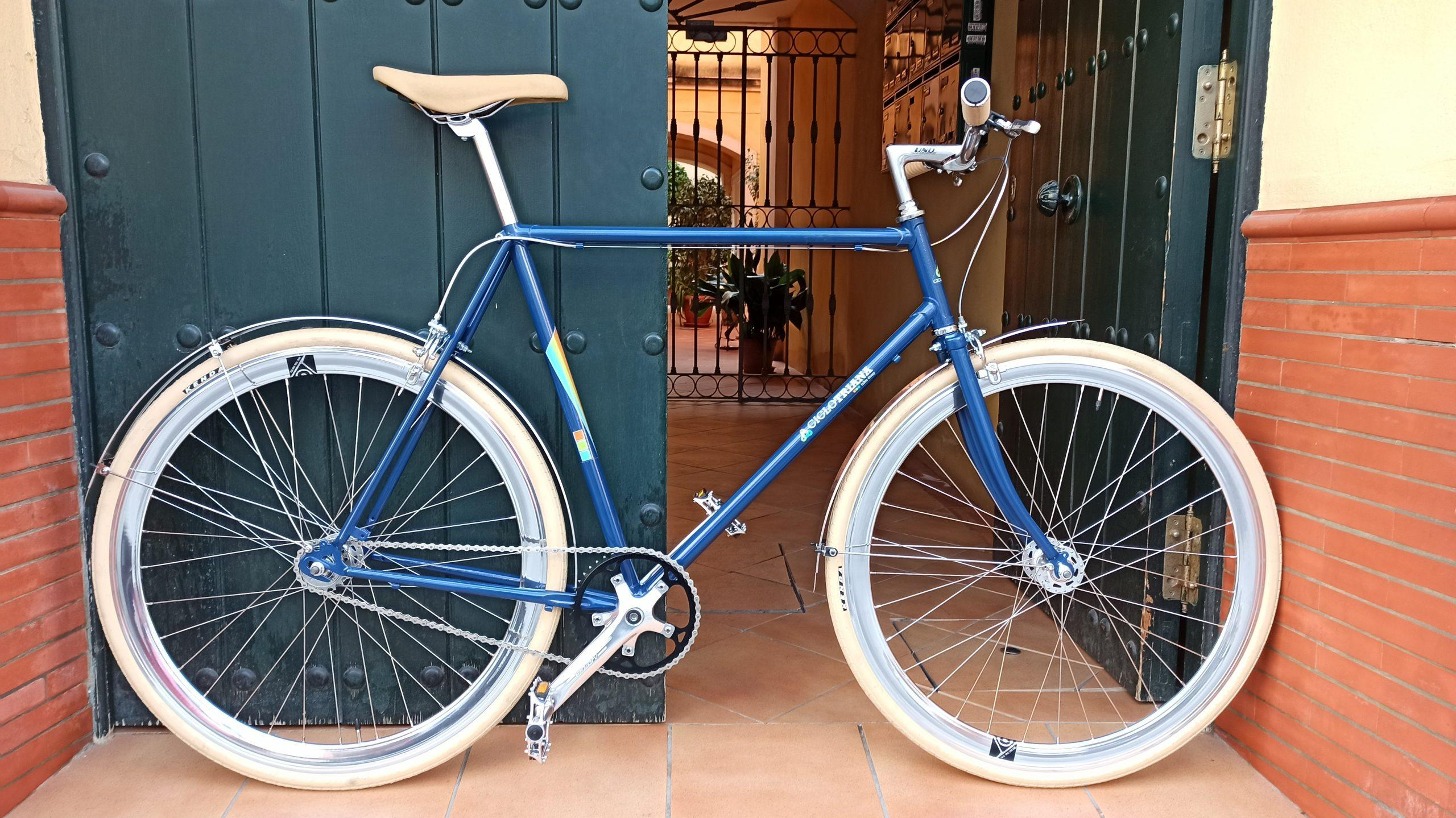 Montaje Single Speed azul y crema